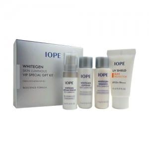 Осветляющий специальный набор средств Iope Whitegen skin luminous vip special gift kit 4 items