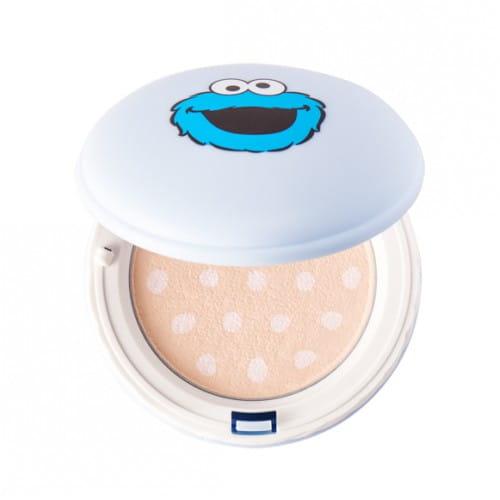 Пудра для лица It's Skin Macaron sugar powder pact special edition (sesame) 8g