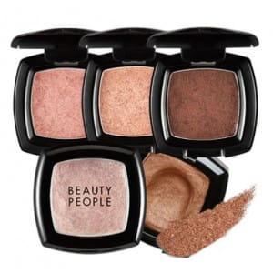 Beauty People Velvet Pit cushion shadow