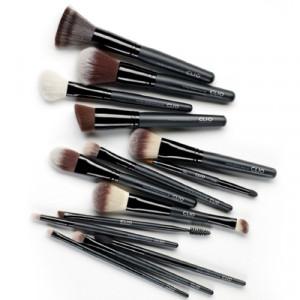 CLIO Pro Play Brush 1ea