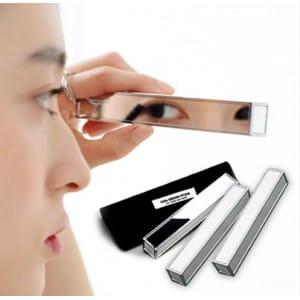 Компактное косметическое зеркало The Mirror