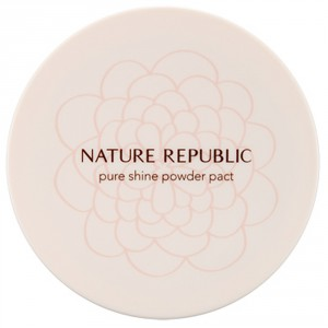 Компактная пудра с эффектом сияния Nature Republic Pure shine powder pact 12g